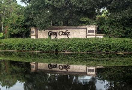 Grey Oaks