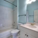 021_Full Bathroom