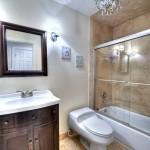 015_Full Bathroom